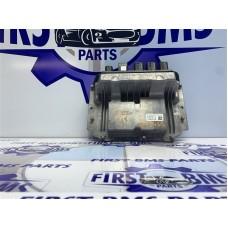 F22 ECU   CONTROL UNIT Engine 0261S19087 Dme 8699955 0 261 S19 087 - BMW